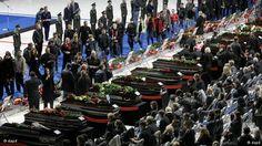 Los ataúdes en las honras fúnebres.