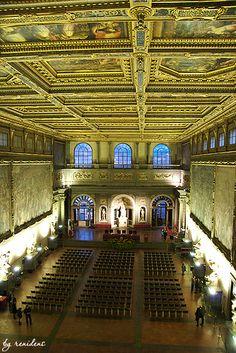 Palazzo Vecchio - Hall of 500 (Salone dei Cinquecento) - Florence, Italy
