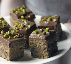 Try something different with Sarah Cook's Pistachio & milk chocolate squares - you won't be able to stop at just one piece! From BBC Good Food. Top Dessert Recipe, Dessert Recipes, Bbc Good Food Recipes, Sweet Recipes, Pistachio Milk, Chocolate Squares, Chocolate Bars, White Chocolate, Crunch