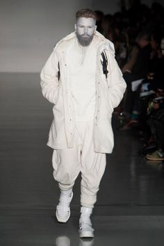 Four menswear Fall-Winter 2014/2015 top trends from London Fashion Week Icy Rainy days, Arctic cold and Mountain retreat - you can be ready for each of them with models from Fall-Winter 14/15 collections.
