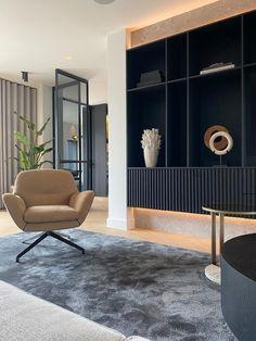 Built In Furniture, Furniture Design, Modern Interior Design, Interior Architecture, Design Studio, House Design, Japanese Interior, House Inside, Cabinet Design