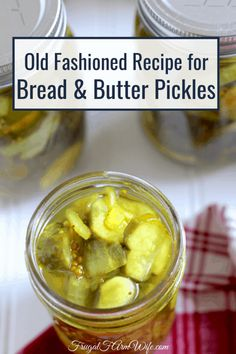 These old fashioned bread and butter pickles are the kind that stay crisp even after you can them! Freezer Pickles, Canning Pickles, Refrigerator Pickles, Bread N Butter Pickle Recipe, Bread & Butter Pickles, Making Dill Pickles, How To Make Pickles, Spicy Pickles, Homemade Pickles
