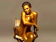 Charlize Theron in body painting. Hot Actresses, Hollywood Actresses, Body Painting, Painting Art, Beyonce, Rihanna, Charlize Theron Photos, Gold Bodies, Belleza Natural