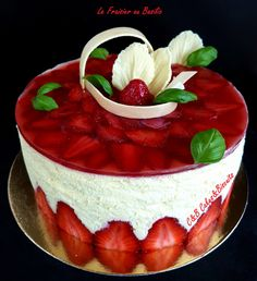 Fraisier Basilic 1 Biscuits, Panna Cotta, Cheesecake, Strawberry, Ice Cream, Pudding, Fruit, Ethnic Recipes, Desserts