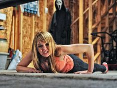 Aimee Teegarden in Scream 4 Best Horror Movies, Classic Horror Movies, Horror Films, Scream 1, Scream Movie, Ghost Movies, Scary Movies, Movie Sequels, I Movie
