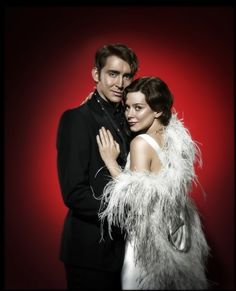 Lee Pace and Anna Friel Anna Friel, Pushing Daisies, Lee Pace, Thranduil, Many Faces, Famous Faces, The Hobbit, Hollywood, Actors