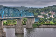 Walnut Street Bridge by wdickert, via Flickr