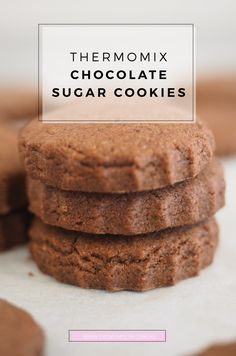 My kids love Tiny Teddies for treats, and these are a good homemade replacement. Whip up these Thermomix Chocolate Sugar Cookies Recipe and enjoy! Chocolate Sugar Cookie Recipe, Homemade Sugar Cookies, Sugar Cookies Recipe, Chocolate Recipes, Cookie Recipes, Chocolate Cookies, Bellini Recipe, Biscuits, Thermomix Desserts