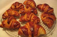 750 grammes vous propose cette recette de cuisine : Croissant chrono. Recette notée 4.3/5 par 3 votants