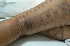The symbols of the malu etched on the woman reflect the many roles of the woman in Samoan society. The malu is applied starting from the knees and working up to and finishing at the top of the thighs.