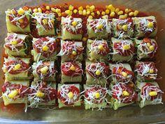Jain Recipes, Soup Recipes, Vegetarian Recipes, Ethnic Recipes, Savory Crackers Recipe, Corn Rolls, Veg Dishes, Food Lab, Fusion Food