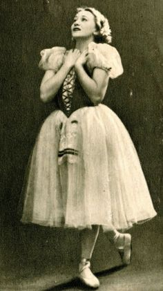 Galina Ulanova as Giselle. Ballet beautie, sur les pointes !