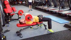 Как выполнять Калифорнийский жим читайте на Нашем сайте.  Базовое упражнение для проработки сразу трех головок трицепса. Включает в работу мышцы груди и предплечья. Подойдет для среднего уровня тренировок. Трицепсы рук — целевые мышцы в упражнении.