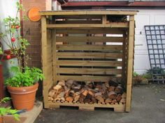 Simple DIY middle-sized log store