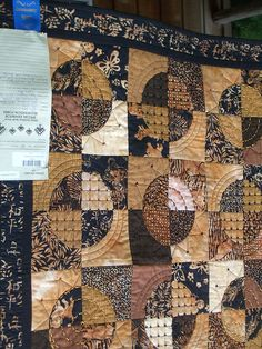 Sister's Quilt Show by Quiltsalad, via Flickr