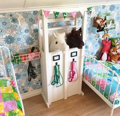Seven Basic Inside Decorating Strategies And Concepts - Home Decor Ideas Horse Themed Bedrooms, Bedroom Themes, Girls Bedroom, Stick Horses, Horse Crafts, Hobby Horse, Play Spaces, Girl Room, Diy For Kids
