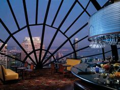 Bars to Visit before you die  The View Lounge — San Francisco