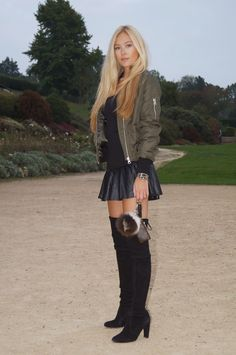 www.streetstylecity.blogspot.com Fashion inspired by the people in the street ootd look outfit sexy high heels legs woman girl leather skirt miniskirt otk boots knee over #highheels #highheelbootsskirt #highheelbootsknee #kneehighbootsoutfit