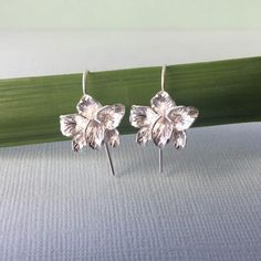 Sterling Silver Orchids Bridesmaid Jewelry, Bridal Jewelry, Bridal Collection, Jewelry Collection, Silver Trumpet, Dots Design, Wedding Earrings, Silver Pearls, Wedding Accessories