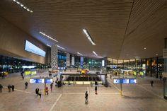 Rotterdam Centraal laat niemand onberoerd - PhotoID #286517