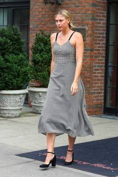 Maria Sharapova Photos Photos - Professional tennis player Maria Sharapova is spotted leaving her hotel in New York City, New York on September - Maria Sharapova Steps Out in NYC Yuri, Maria Sharapova Photos, Professional Tennis Players, Tennis Players Female, Billie Jean King, Charity Event, Beauty Full, Sheer Dress, Celebrity Style