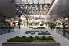 Asmacati Shopping Center / Tabanlioglu Architects