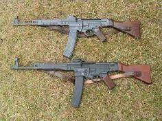 Stg-44 boli používané hlavne vo Waffen-SS. Vyrobených bolo okolo 400 000 kusov... :)