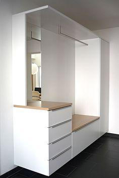 Home Room Design, Home Interior Design, House Design, Entry Furniture, Home Decor Furniture, Small Apartment Interior, Apartment Design, Flur Design, Home Entrance Decor