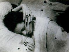 Florette, photo by Jacques Henri Lartigue - Paris 1944 Robert Bresson, Burning Flowers, Ee Cummings, Centre Pompidou, French Photographers, Man Ray, Cool Tones, The Villain, Parisian Style