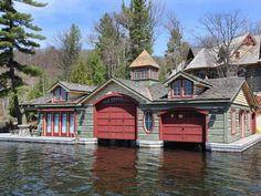Lake house decor | Muskoka Lakeside Country Estate With Boathouse