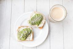 Trendikäs aamupala: avokadotoast