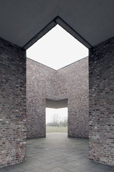 Erwin Heerich, Archivgebäude und Bibliothek, Raketenstation / Museum Insel Hombroich, Neuss, 1999-2000