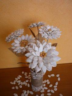 Цветы из тыквенных семечек. Мастер-класс