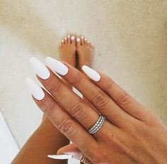 Matte white coffin nails
