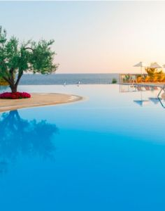 Next week we are off searching for the sun at Ikos Oceania in Halkidiki, Greece, I am so so excited with @ikosresorts
