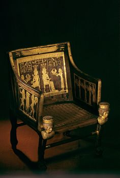 Egypt - Chair of Princess Sitamun; reign of Amenhotep III, Tutankhamun and the Golden Age of the Pharaohs; Page 144 Amenhotep Iii, Ancient Egyptian Art, Ancient Aliens, Ancient History, Egyptian Beauty, Egyptian Furniture, Empire Romain, Tutankhamun, Ancient Artifacts