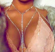 Slay Crossover Rhinestone Chain Bra in Gold or Silver. Diamond Rhinestons Body Bra Chain Harness Bralette. Adjustable Lobster Clasp. Handmade Custom Body Jewelry, Bra Chains and Harness Designs. Color