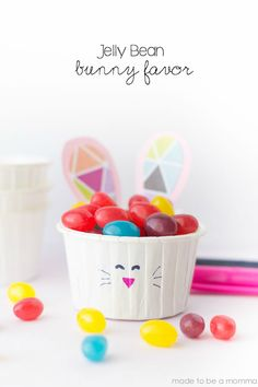 Jelly Bean Bunny Favor: a simple Easter or Spring craft that the kids will love!