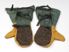 U.S. Air Force Extreme Cold Flyer's Mittens by 13thStreetEmporium, $18.00