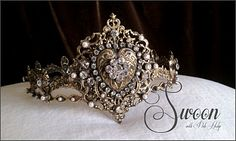 beautiful crown, better version for my cousin, the queen. :)