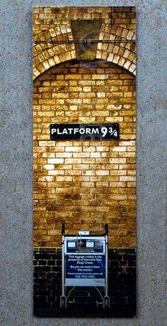 Platform 9 3/4 Bookmark