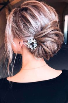 Incredibly Cool Hairstyles for Thin Hair ★ See more: http://lovehairstyles.com/incredibly-cool-hairstyles-for-thin-hair/ #beautyhairstyles