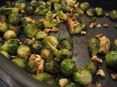 Roasted Brussels Sprouts with Balsamic Vinegar and Walnuts. Tried this before and it's wonderful!! #healthyrecipes