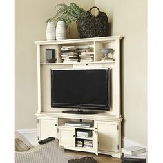 Reston Corner Media Console With Hutch
