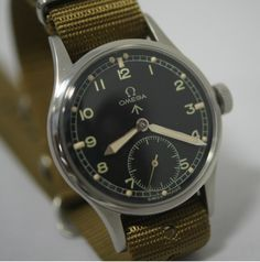 Vintage Watches Collection : Omega British Military WWII watch - Watches Topia - Watches: Best Lists, Trends & the Latest Styles Vintage Military Watches, Vintage Watches, Affordable Watches, Expensive Watches, Elegant Watches, Beautiful Watches, Gents Watches, Cool Watches, Wrist Watches
