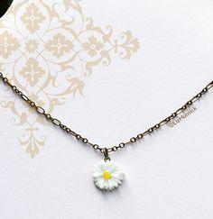 Hippie Chic Daisy Necklace. Bohemian Style Jewelry by LizHutnick, $18.00