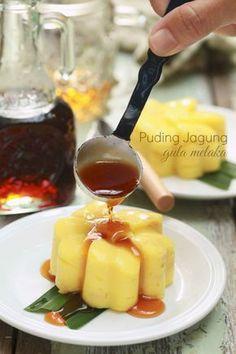 Sedap sungguh puding jagung gula Melaka ni... lembut... terasa lemak manis gula Melakanya. Ita memang suka sangat apa-apa yang berasas...