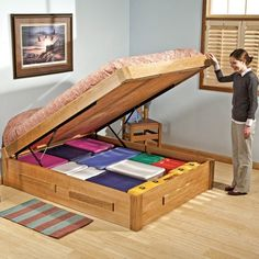 Decorate your room in a new style with murphy bed plans
