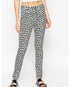 ASOS women's jeans at Findr - Shop for the latest collection of ASOS jeans from…