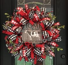 22 Charming Outdoor Christmas Tree Decorations You Must Try this Year - The Trending House Deco Mesh Wreaths, Holiday Wreaths, Door Wreaths, Ribbon Wreaths, Mesh Ribbon, Diy Christmas Ornaments, Christmas Decorations, Christmas Ideas, Christmas 2019